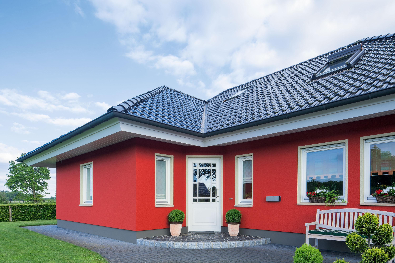 https://www.brillux.de/fileadmin/_processed_/csm_BX_Einfamilienhaus-rote-Fassade_993efd18de.jpg